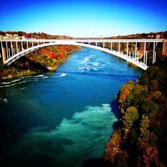 Niagarafalls niagara canada unitedstates border autumn