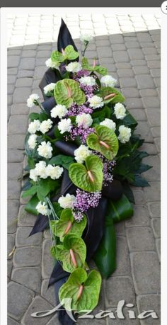 Casket Flowers, Grave Flowers, Funeral Flowers, Table Flowers, Flower Shop Decor, Flower Decorations, Deco Floral, Arte Floral, Funeral Sprays