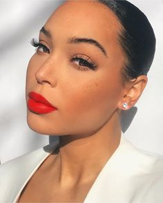 New Soft Glam Makeup Red Lips Ideas Soft Glam Makeup Black Women Glam Ideas Lips Natural Makeup For Black Women black GLAM ideas Lips Makeup Red soft women Clown Makeup, Cute Makeup, Simple Makeup, Easy Makeup, Halloween Makeup, Witch Makeup, Devil Makeup, Zombie Makeup, Holiday Makeup