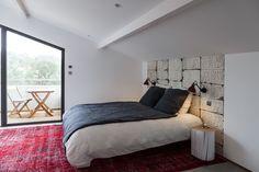 Raffinement et luminosité. Petite terrasse privative pour bouquiner ! #lakeloft #relax
