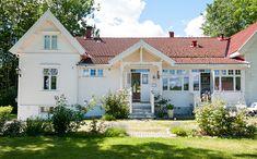 Tidløs nostalgi på sitt aller beste – Bergene Holm Blogg Home Fashion, Nostalgia, Mansions, House Styles, Home Decor, Luxury Houses, Interior Design, Home Interior Design, Palaces