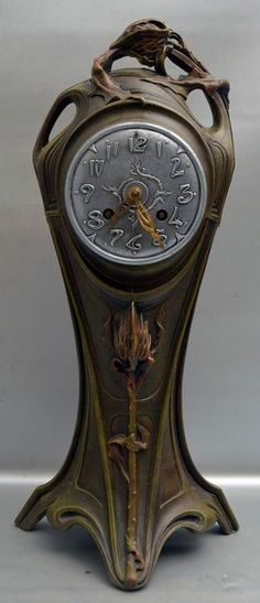 Art Nouveau - Table clock