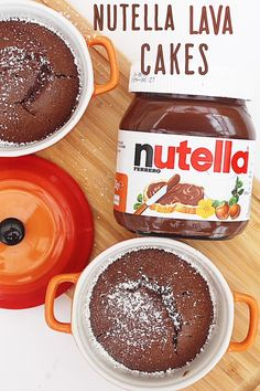 An easy recipe with only 5 ingredients and a vegan option! Nutella Recipes, Chocolate Recipes, Nutella Lava Cake, Blackberry Cake, Lava Cakes, Gluten Free Cakes, Great Desserts, Recipes From Heaven, Sweet Recipes