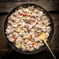 Thajské kuřecí curry | Koření od Antonína Fish And Chips, Steak, Grains, Food And Drink, Japanese, Japanese Language, Steaks, Seeds, Korn