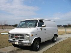 GMC Vandura 1984 Station Wagon, Dodge, Volkswagen, Michigan, Camper, Gmc Vans, Ford, Cool Vans, Chevy