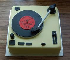 For my second 60th birthday cake in as many weeks, I was asked to make a cake in the shape of a lifesize record deck, for a man who used to ...