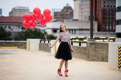 Downtown, Richmond, Urban, senior session, Laura Matthews Photography, Glen Allen, VA, city, skyline, New York City, senior, pictures, photos, balloons