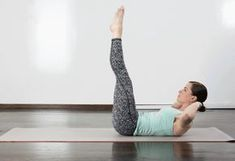 9. Double Straight-Leg Stretch #pilates #workout http://greatist.com/fitness/10-minute-pilates-workout
