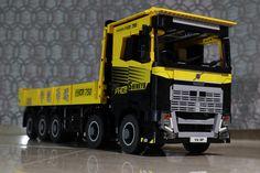 IMG_0265 | by YU KEE Lego Truck, Lego Worlds, Lego Moc, Lego Technic, Lego Instructions, Lego Creations, Semi Trucks, Legos, Vehicles