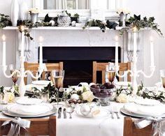 very stylish Christmas table setting