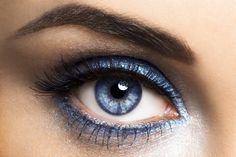It's ok to wear blue if you have blue eyes! This easy look  starts with  shadow primer , a saturated blue loose shadow , Blinc liquid liner on top and a bit of cool taupe shadow in outer upper crease! define your brow and go :) Tracy Marie-TBBD