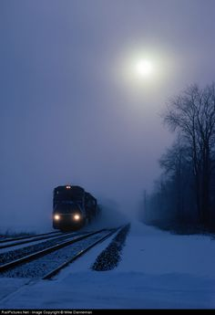 RailPictures.Net Photo: CR 6087 Conrail GE C40-8W (Dash 8-40CW) at Rolling Prairie, Indiana by Mike Danneman