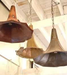 Light fixtures made from vintage phonograph parts.The Old Lucketts Store Light fixtures made from vintage phonograph parts…The Old Lucketts Store Vintage Lighting, Cool Lighting, Pendant Lighting, Pendant Lamps, Hanging Light Fixtures, Hanging Lights, Lamp Light, Light Up, Diy Luminaire
