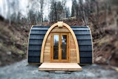 Pod House: Great for adding an room to the main house that is not attached. Use for office, guest room, pool house, etc. Love this.