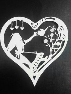 Alice in wonderland heart paper cut