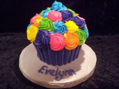Love the colors - Smash cake for a Bubble Guppies Birthday