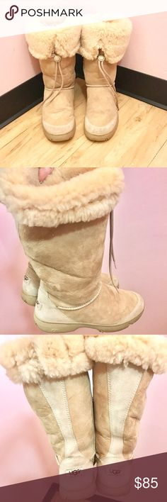 ❄️UGG Cream Tall Boots. EXCELLENT CONDITION❄️ ❄️UGG Cream Tall Boots. EXCELLENT CONDITION❄️ UGG Shoes Winter & Rain Boots