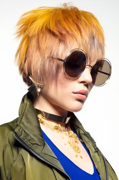 Ditch the all over color and enhance your shag like this! 2 Hair Color, Choppy Haircuts, Color Rubio, Peinados Pin Up, Yellow Hair, Hair Images, Great Hair, Cut And Style, Cute Hairstyles