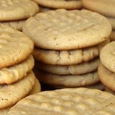 Mrs. Sigg's Peanut Butter Cookies Recipe