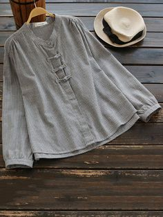 Casual Women Stripe Frog Button Shirts can cover your body well, make you more sexy, Newchic offer cheap plus size fashion tops for women. Graphic T Shirts, Bluse Outfit, Shirt Outfit, Chemise Fashion, Designer Kurtis, Sleeveless Jacket, Blouse Vintage, Casual Dresses, Casual Hijab Outfit