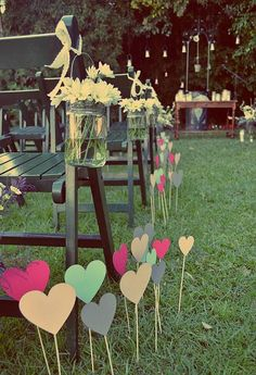 Sweet road 2 Love the Jars for my a picnic wedding. Perfect Wedding, Diy Wedding, Rustic Wedding, Wedding Ceremony, Dream Wedding, Wedding Day, Marry Me, Ideas Para, Ideas Decoración