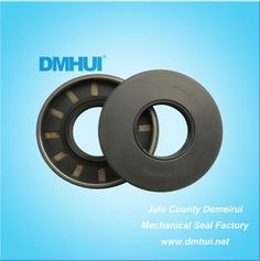 """BAFSL type UP0450E oil seal for hydraulic pump   Specifications: 1.Brand:DMHUI    2.Size:1.3125""""*2.85""""*0.375"""" 3.Material:NBR 4.Type:BAFSL 5.Apply for :Hydraulic pumps   If you want to konw more tech datas please do not hesitate to contact me by email dmhui-hanson@hotmail.com"""