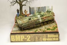 BMP-2 DIORAMA W/FIGURES, DONBASS, UKRAINE 2014, BUILT, 1/35 - TAKE A LOOK!!!   eBay