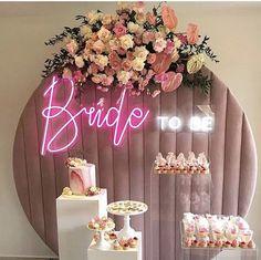 200 cm çap kadife pano /velved backdrop by Backdrop Design, Custom Neon Signs, Balloon Garland, Neon Lighting, Flower Wall, Event Planning, Backdrops, Bridal Shower, Wedding Decorations
