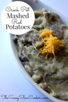 Crock Pot Mashed Red Potatoes Recipe! Tasty and a great side dish recipe for everyone.