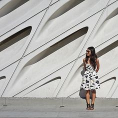 The LA Girl lists 10 smart strategies for visiting The Broad Museum including wait times, how to bypass the line, parking and more!