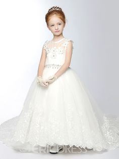 This gown is very cute for the young girl holding the bouquet at your wedding ceremony. You should take a look at this cute Beautiful Tulle Princess Flower Girl Dress. Tulle Flower Girl, Princess Flower Girl Dresses, Cheap Flower Girl Dresses, Cute Dresses, Flower Girls, Elegant Dresses, Girls Dresses Online, Girls Pageant Dresses, Dress Online