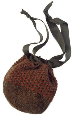 Free Knitting Pattern - Bags, Purses & Totes: Ballonnett Pouch - this is perfect for carrying a small knitting project Knitting Patterns Free, Free Knitting, Free Pattern, Small Knitting Projects, Double Pointed Knitting Needles, Crochet Purses, Knit Or Crochet, Knitted Bags, Purses And Bags