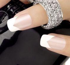 22 impresionantes Diseños de Manicura Francesa - Manicure