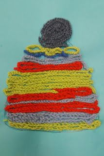 Yarn Crafts, Diy Crafts, Textile Fabrics, Easy Crochet, Handicraft, Diy For Kids, Knitted Hats, Preschool, Childhood