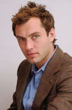 JUDE LAW GIF HUNT Please like& if you use these gifs. Posts that I see several likes& will receive updates. I do not claim ownership of these gifs. Jude Law, Receding Hair Styles, Most Handsome Actors, Hey Jude, Shannon Leto, Golden Age Of Hollywood, Good Looking Men, Gorgeous Men, Beautiful