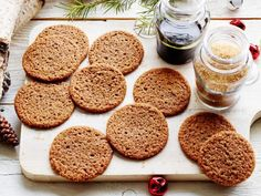 Get Anne Burrell's Molasses Cookies Recipe from Food Network Holiday Cookie Recipes, Cookie Desserts, Holiday Baking, Christmas Baking, Dessert Recipes, Christmas Recipes, Christmas Deserts, Christmas Dishes, Holiday Desserts