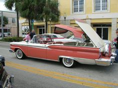 1959 Ford Fairlane retractable