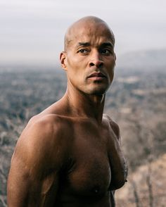 Luke Rockhold, Rich Froning, and David Goggins share the methods they use to build up mental strength to achieve their goals. Ranger School, David Goggins, Strong Guy, Discipline Quotes, Try Guys, American Athletes, Training Motivation, Body Motivation, Celebrity Biographies
