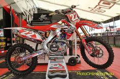 Chad Reed's Two Two MS factory Honda. I want. @crtwotwo