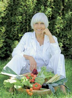 Am Freitag, den 13.09.2013, war Barbara Rütting um 22:00 Uhr zu Gast in der NDR – Talkshow. Hier stellte sie ihr neues veganes Kochbuch vor, sprach allgemein zum Thema vegane Ernährung und machte für unsere Partei Werbung zur Bundestagswahl. Für ihr starkes Bekenntnis für unsere Partei bedanken wir uns ganz... Read more »