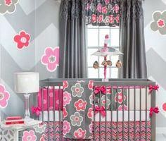 babyzimmer modell in grau und pink baby bettchen