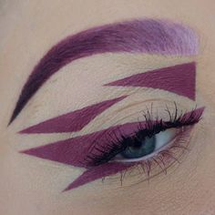 Absolutely love this purple geometric makeup artistry by @doyouevenblend :bomb::bomb::bomb: More: http://blog.furlesscosmetics.com/katina-k/