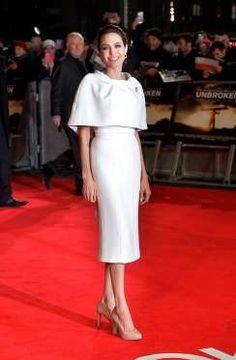 Una vez más, Angelina Jolie emula a una actriz de otra época. ¿Quizás a Grace Kelly? - Copyright © 2016 Hearst Magazines, S.L.