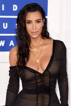 How to Get Kim Kardashian's VMA 'Wet' Hair Look | Every Once in a Style
