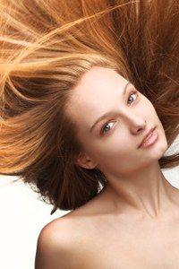 Der Wunsch vieler Frauen: Haare schneller wachsen lassen - Haare schneller wachsen lassen: Profitipps!