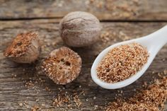 nutmeg benefits properties - Makeup Tips For Dark Circles Migraine Home Remedies, Natural Remedies For Migraines, Natural Cold Remedies, Migraine Relief, Holistic Remedies, Homeopathic Remedies, Dark Circles Under Eyes, Dark Under Eye, Nutmeg Benefits