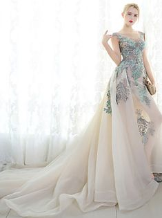 Search: formal gowns | LightInTheBox