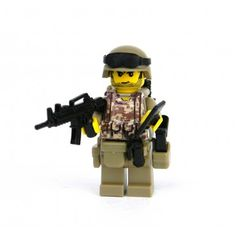 Custom Modern Combat soldier with Digital Camouflage Made With Real LEGO(R) Mini-Figure Parts