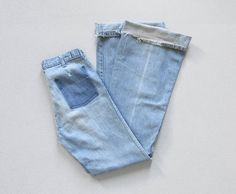 vintage 70s distressed bell bottom jeans | 30 x 36