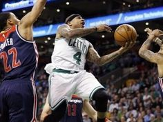 Isaiah Thomas anota 33 puntos y Celtics vencen a Wizards al abrir serie
